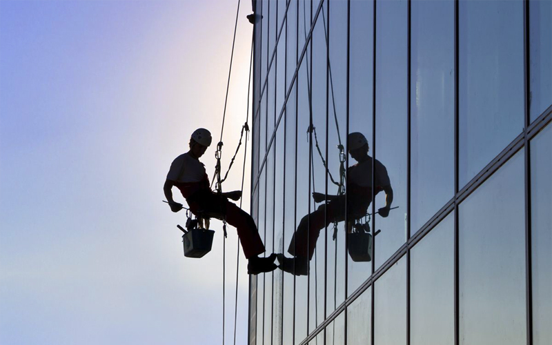 abseiling-service